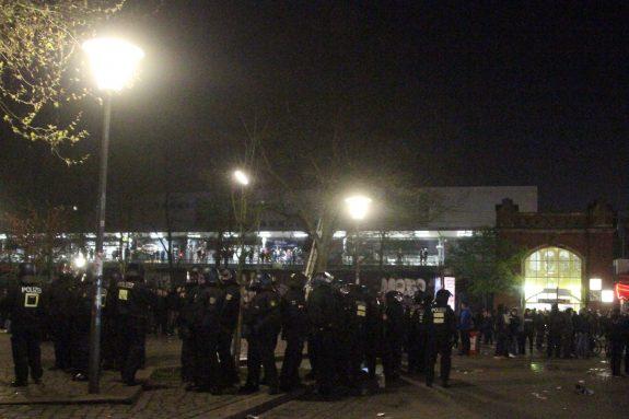 Auseinandersetzungen am Bahnhof Sternschanze.